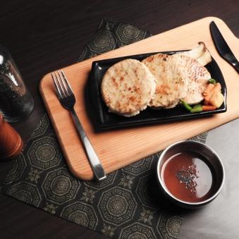 고다치즈 닭가슴살 스테이크 100g  x 10팩 (업체별도 무료배송)