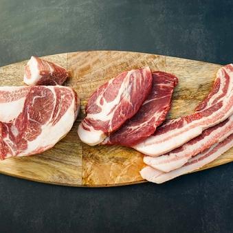 SRF쿠로부타 돼지고기 3종 (삼겹살 300g+목살 300g+수육용전지 500g) (업체별도 무료배송)