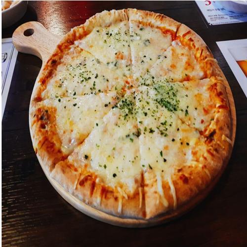 론카딘 포 치즈 피자 383g X 6장 (업체별도 무료배송)